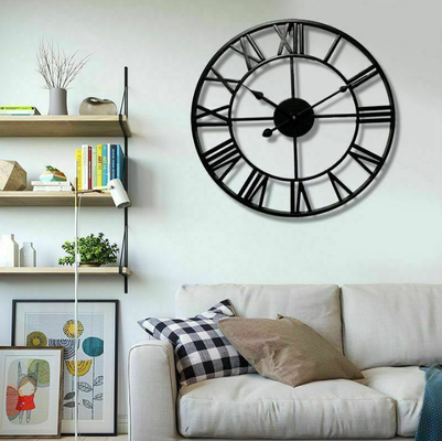 China Traditional Vintage Style Iron Round Wall Clock Roman Number Hollow Retro Clock Home Office Bar Cafe Decoration Gift supplier